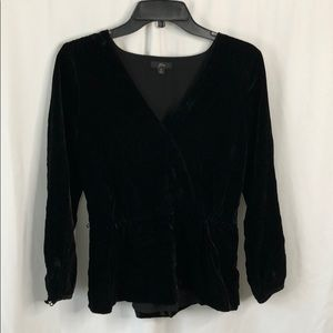 Womens' Blouses